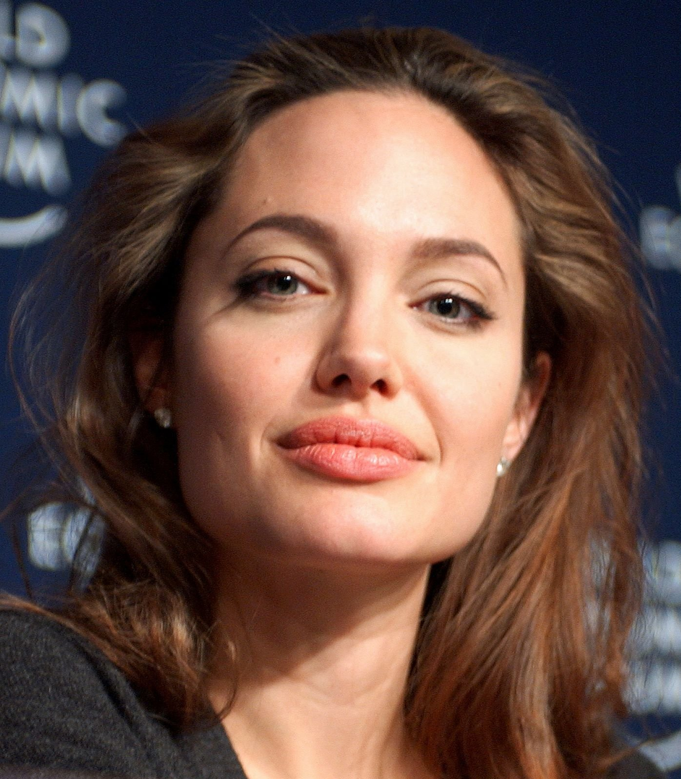 Angelina Jolie Cyborg 2 1993 angelina jolie biography age, movies, achievements and facts -